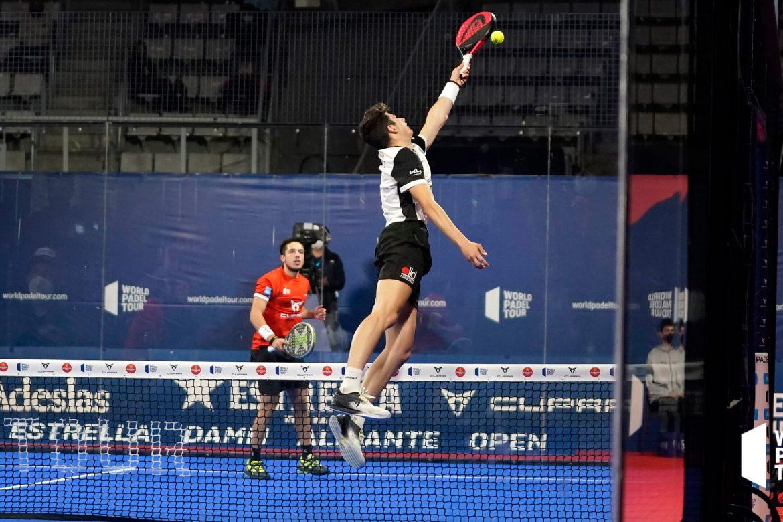 Arturo Coello pasa a semifinales del Alicante Open 2021
