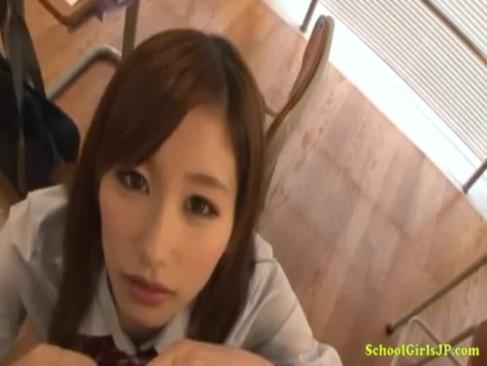 エックスビデおの美少女が教室でフぇラちおする日本人無料