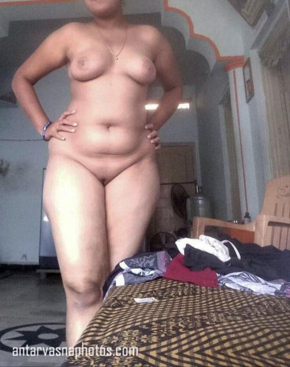 Anu bhabhi ki mast nangi pics
