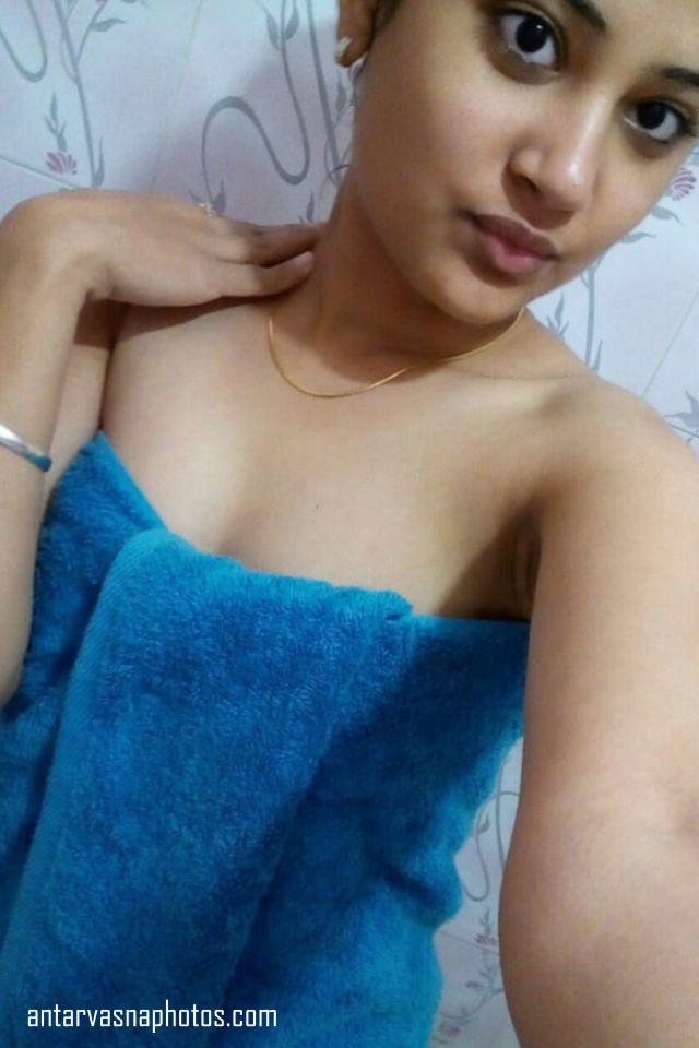 cute sexy babe alka towel me