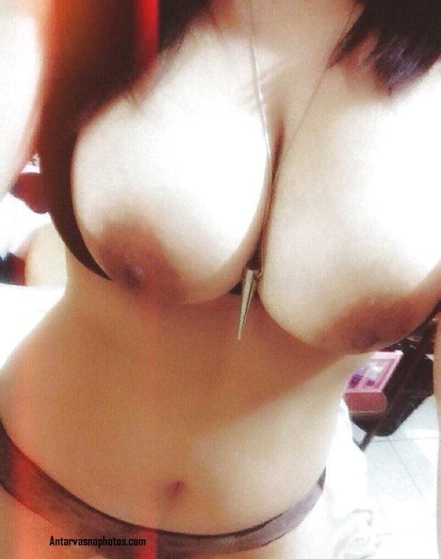 paki girl ke big boobs in red dupatte me