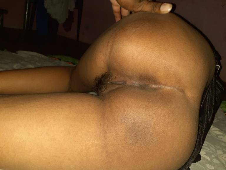 Bhabhi ki Indian gaand ki photos