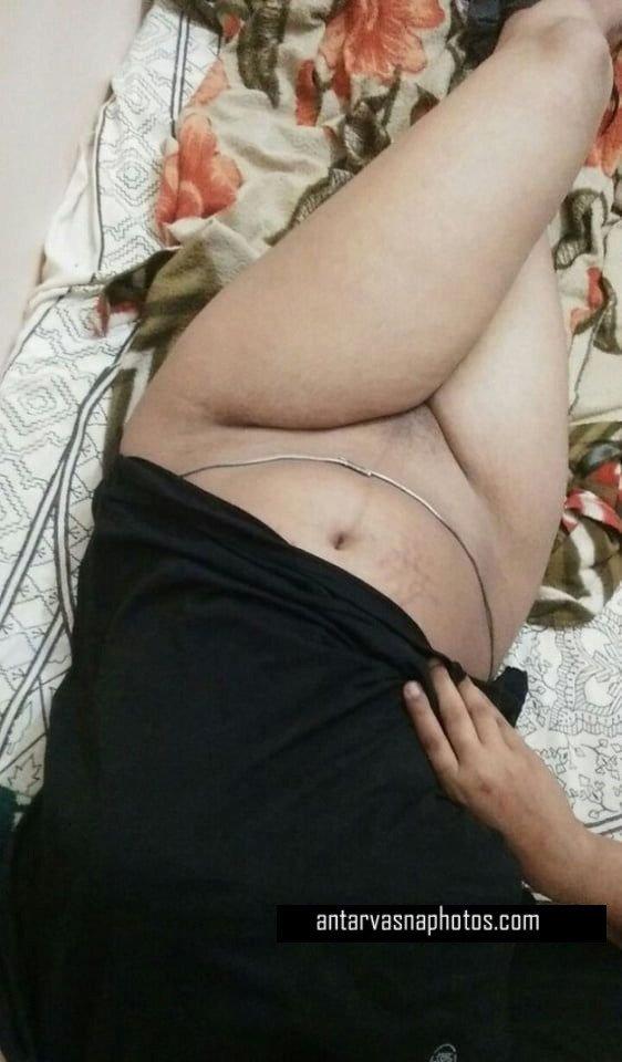 Indian beauty Pushpa ki sexy pics