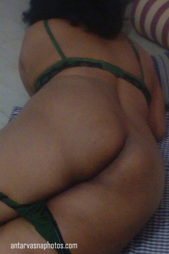 Sexy Wife Maya ki gaand ki photos