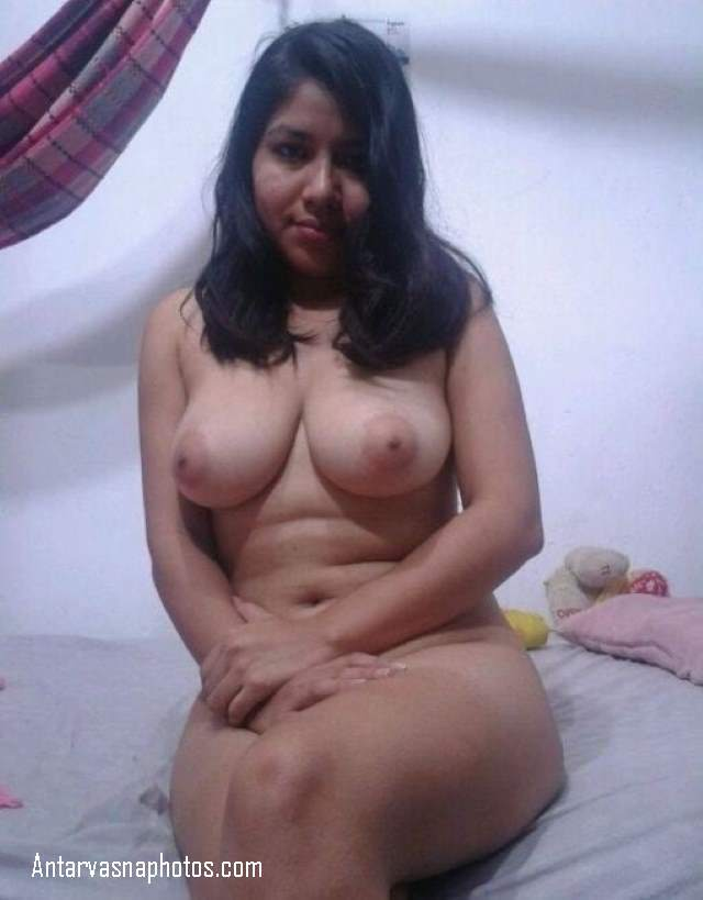 mote boobs wali girl ke pink nipples