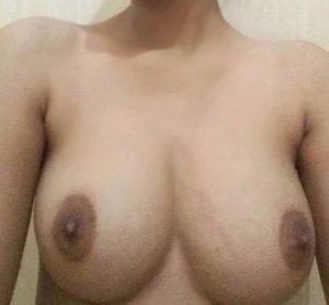 Desi girlfriend ki sexy boobs