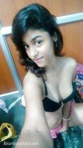 hot cute girl hot selfie