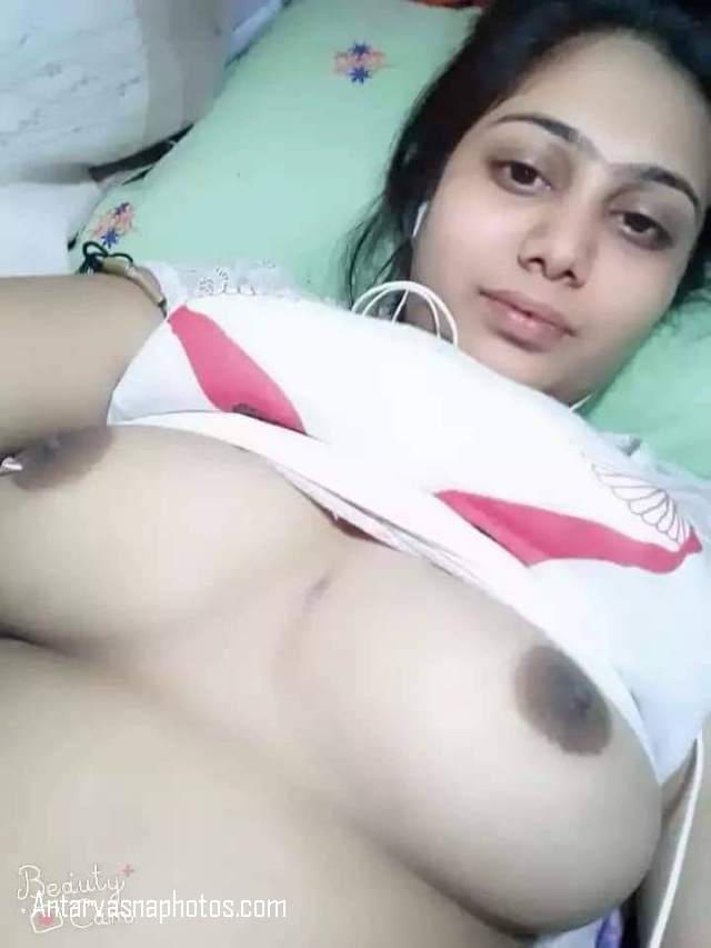 chubby bhabhi ki nude boobs