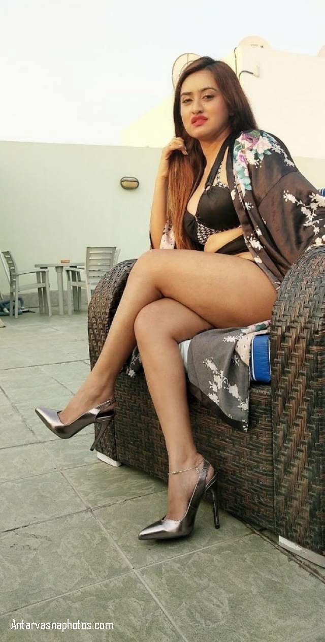 sexy bhabhi ki nudes thigh