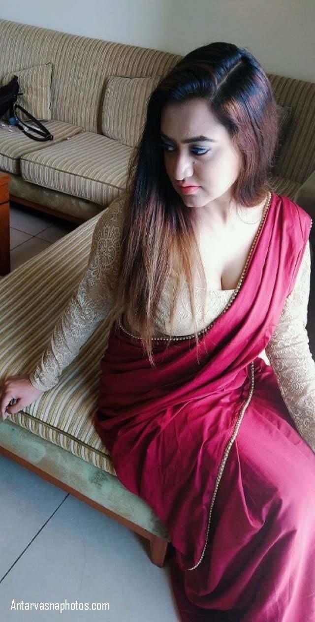bhabhi ka hot cleavage