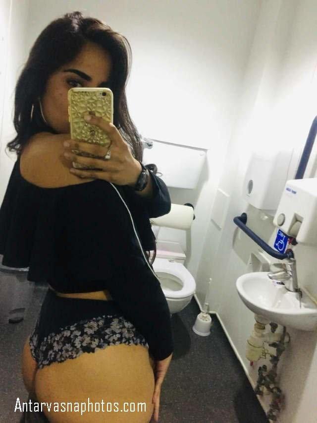 lace wali panty me selfie
