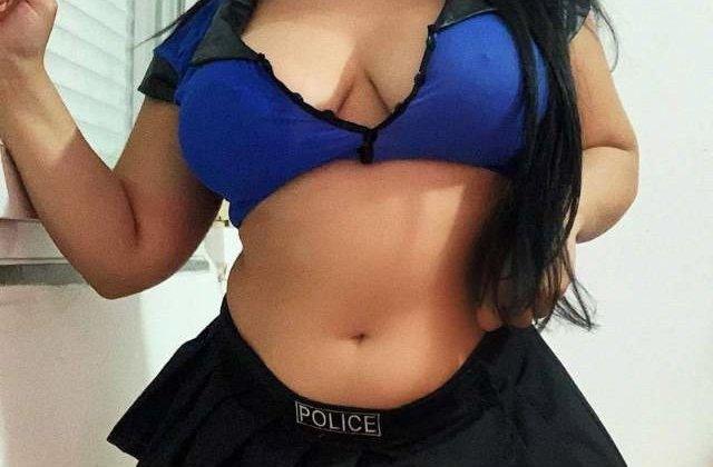 Big boobs wali sara chehra chupati