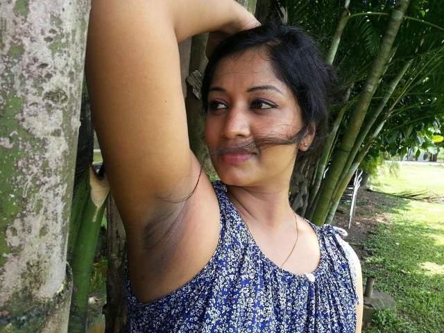 shaved armpit dikhati bhabhi
