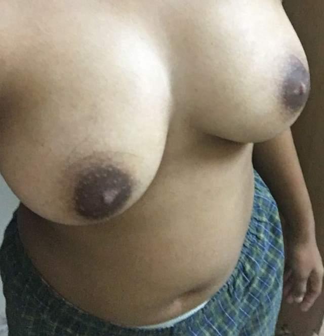sexy girl ke big boobs photo