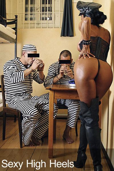 Elizabeth Carson Prison Action 01