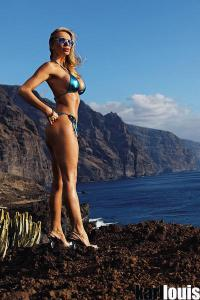 Francesca Felucci Islands Blue 01