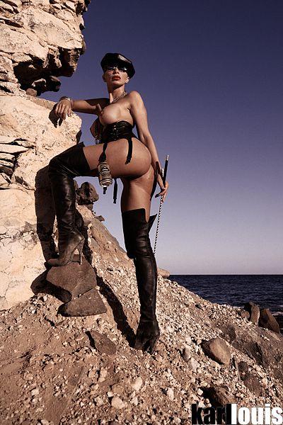 Francesca Felucci Domina Dorada Especial_0741_rr