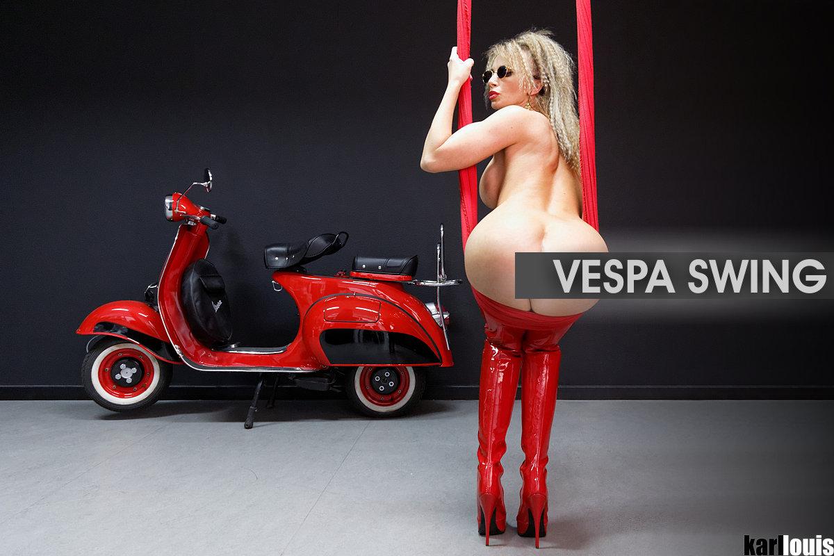 Francesca Felucci Vespa Swing