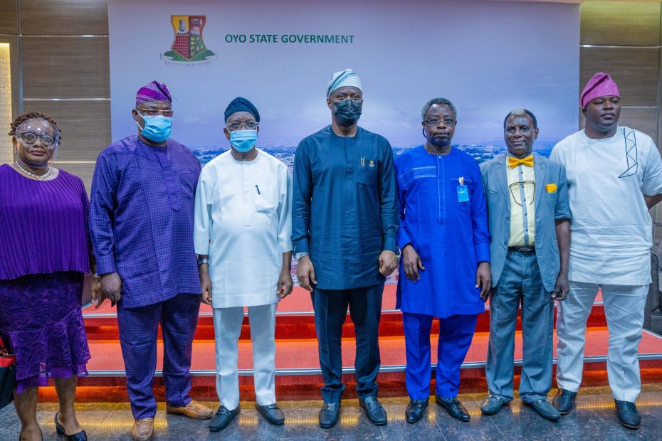 Governor Seyi Makinde with Members of LAUTECH Governing Council