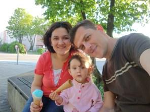 Güzel ailemiz