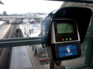 Clipper transit card reader