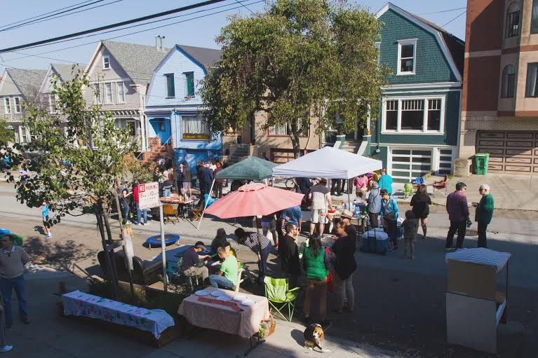 Block parties enrich neighborhoods. So why not encourage them? Photo: Adam Greenfield.