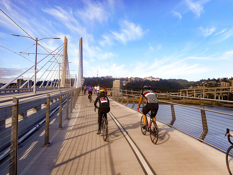 And what does a Streetsblog SF editor do on vacation? Bike around Portland, of course. Photo: Wikimedia Commons.