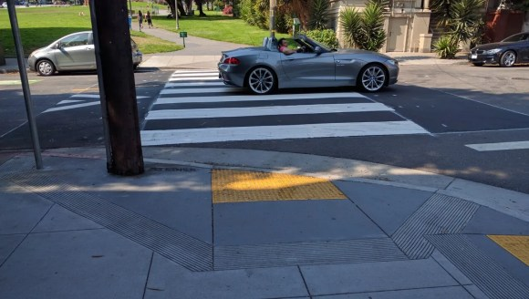 SFMTA's first raised crosswalk on a through street. Photo: Streetsblog