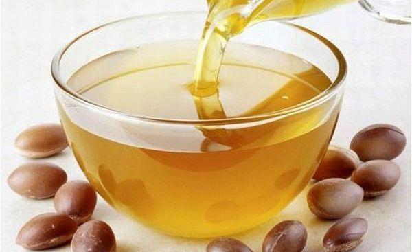 Aurul-lichid-Beneficiile-uleiului-de-argan