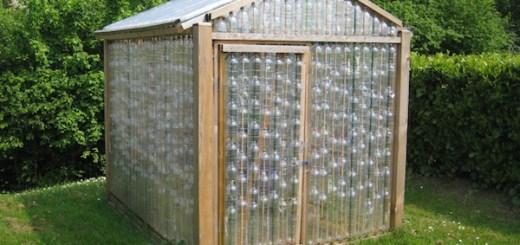 cum-sa-construiesti-o-sera-din-sticle-de-plastic-si-ce-avantaje-are