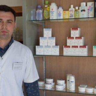 7 tipuri de creme pentru afectiunile pielii. Cum reuseste un farmacist de 27 de ani sa faca concurenta marilor companii