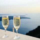 Care este diferenta dintre sampanie si vin spumant