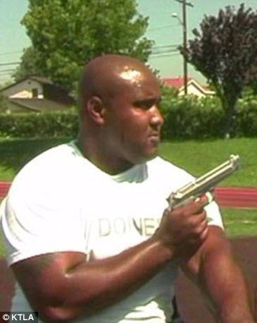 Christopher Dorner in LAPD training video