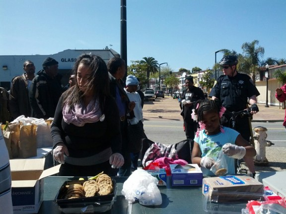 Community Feed at Kenny's Korner cop tries to drive community away 031713