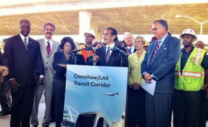 LA Mayor Villaraigosa press conf on tour Crenshaw Rail Project 101012 by USDOT