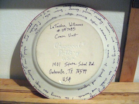 Empty plates art installation close-up of plate UC Santa Cruz 0613 by Noah Miska, web