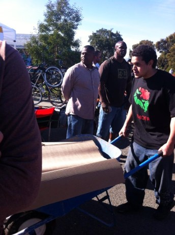 Melvin Willis volunteering