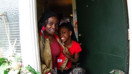 Treasure Island residents Pandora and her grandchild, web