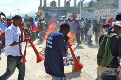 Haitians demand justice for Johnny Jean, a Haitian youth raped by five Uruguayan U.N. troops. – Photo: Ansel