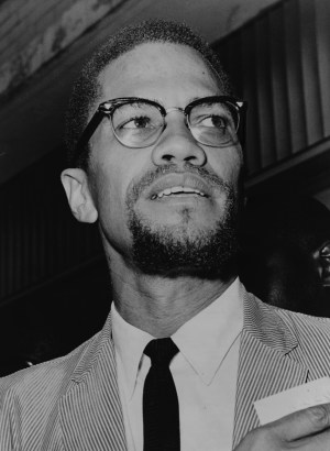 Malcolm X, El Hajj Malik El-Shabazz, visited Queens Court in 1964. – Photo: Herman Hiller, World Telegram