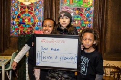 """Children at the Chicago Temple call on Chicago Mayor Rahm Emanuel to """"have a heart"""" for the survivors of torture committed by his police department. – Photo: Sarah Jane Rhee"""