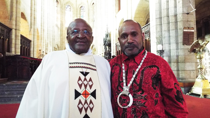https://i2.wp.com/sfbayview.com/wp-content/uploads/2015/05/Archbishop-Emeritus-Desmond-Tutu-Free-West-Papua-Campaign-founder-Benny-Wenda-meet-in-St-George%E2%80%99s-Cathedral-Cape-Town-South-Africa-022715.jpg