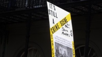 Crime scene in the French Quarter, a former slave auction house – Photo: Wanda Sabir