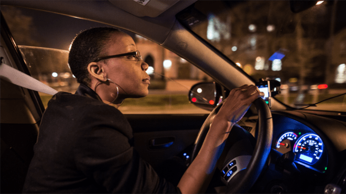 Uber promised to create 1 million driver jobs for women by 2020. But many women have safety fears, though ride-hailing apps keep drivers safer than cab drivers by getting rid of cash and tracking each ride. – Photo: Washington Post