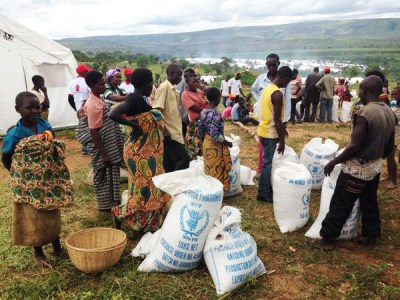 Burundian refugees in Rwanda's Mahama refugee camp near the Burundian border in May 2015