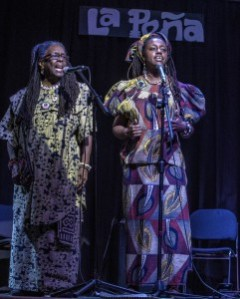 Straight Out Scribes (SOS), mother-daughter smokin' word duo from Sacramento by way of New Jersey, spitting truth on the mic about Mumia Abu Jamal and about life. – Photo: Malaika H Kambon