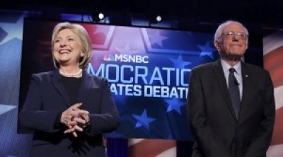 Hillary Clinton and Bernie Sanders debated vigorously Feb. 4 in the lead-up to the Feb. 9 New Hampshire primary. Despite Sanders' landslide 60-38 percent victory, Clinton won more delegates. – Photo: Carlo Allegri, Reuters