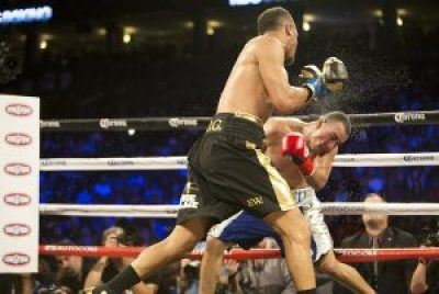 Some of Andre Ward's punches could have knocked out Alexander Brand. – Photo: Malaika H Kambon