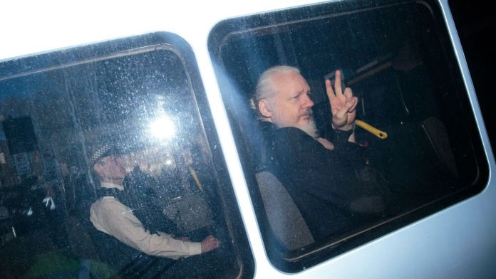 Pentagon manhunt for Julian Assange preceded Swedish rape allegations