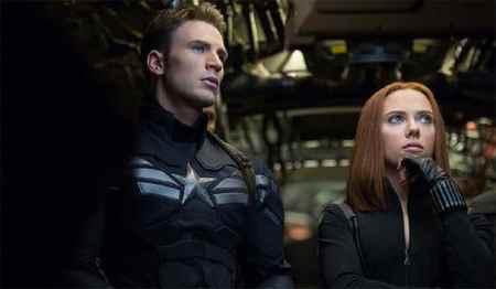 Ant-man joins the Avengers (trailer).